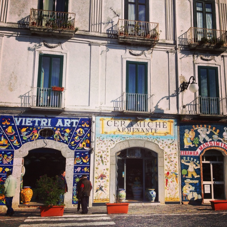 Arriving to Vietri sul Mare will lead you to some traditional shops where you can get the best deals on majolica ceramic that made so popular this part of the Coast, these hand painted utensils have been made here since the 1400