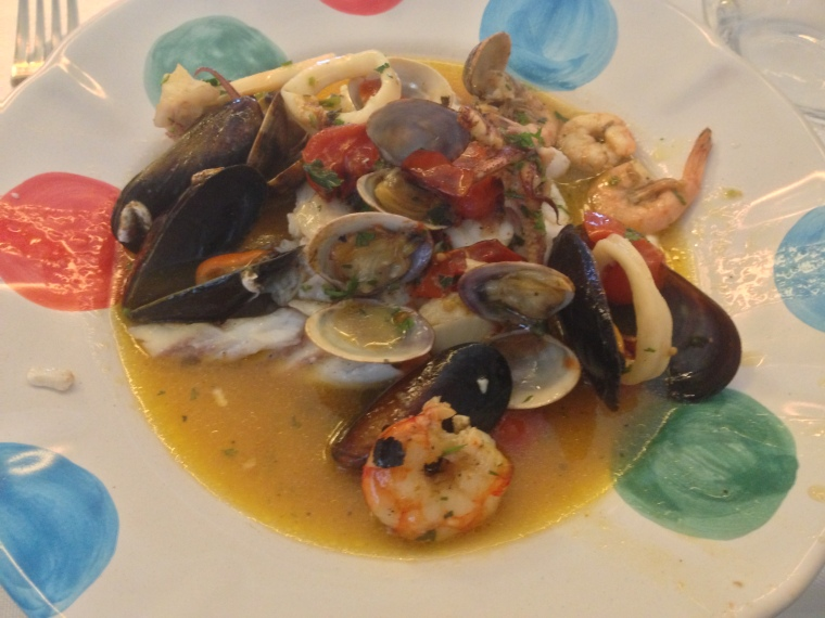 "So I stopped by the charming restaurant of Le Ancore Hotel in Vico Equense and tasted this delicious peppered mixed seafood ""impepata di frutti misti di mare"" a local tradition"